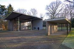 Pabellón de escultura Sonsbeek, Otterlo (1954)
