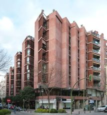 Edificio de viviendas Girasol]], Madrid (1966)