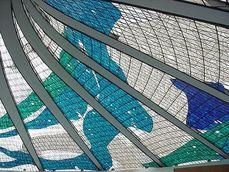 Niemeyer.CatedralBrasilia.5.jpg