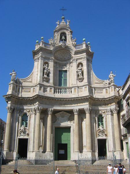 Archivo:Catane Badia Di Sant Agata.jpg