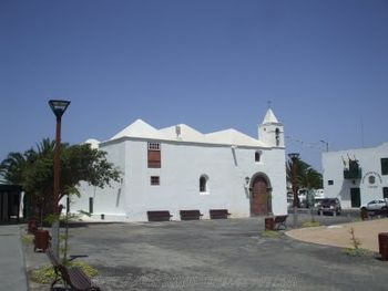 Tinajo.IglesiaSanRoque.jpg