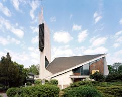 Iglesia Paul Gerhardt, Berlín (1958-1964), junto con Hermann Fehling