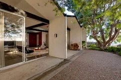 Casa Henbest,  7127 Crest Road, Rancho Palos Verdes, California (1966)