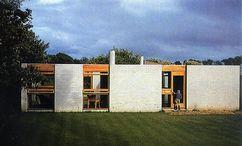 Casa en Cowes, Isla de Man (1956-1958), junto con James Gowan.