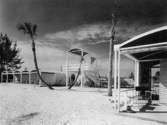 Club de playa Sanderling, Siesta Key, Sarasota, Florida (1952-1953)