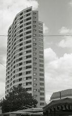 Aalto.NeueVahr.1.jpg