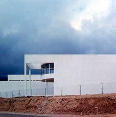Centro de Día, Onil, Alicante (1982), en colaboración con Javier Esteban Martín