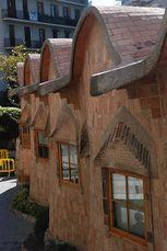 Gaudi.EscuelasSagradaFamilia.1.jpg