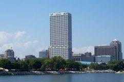 U.S. Bank Center,  Milwaukee (1971-1973)