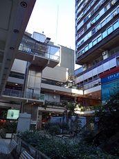 Galería Jardín (incluye Torres Tucumán y Florida), Buenos Aires (1971-1977)