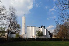 Iglesia y centro parroquial del Espíritu Santo, Wolfsburgo (1958-1962)