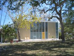 Casa Umbrella, (Residencia Hiss), Lido Shores, Sarasota, Florida (1953-1954)