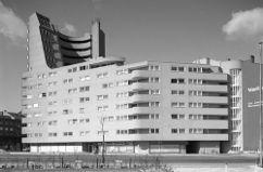 Urbanización Hallesches Ufer, Berlín (1968-1971), junto con Daniel Gogel