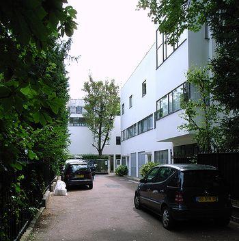 Casas La Roche Jeanneret.jpg