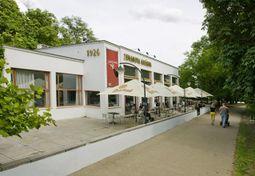 BohuslavFuchs.CafeZeman.2.jpg