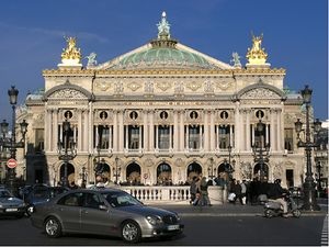 Fachada de la Ópera Garnier