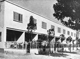 Viviendas tipo para el Comisariado de la Casa Obrera, Sant Andreu, Barcelona (1932) junto con  Josep Torres Clavé y Juan Bautista Subirana.