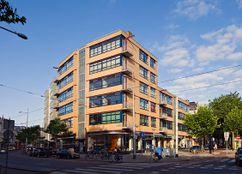 Viviendas y locales comerciales en Nieuwe Binnenweg, Rotterdam (1930-1932)