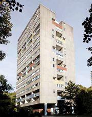 Edificio de viviendas en Hansaviertel, Berlín (1957-60), junto con Jaap Bakema