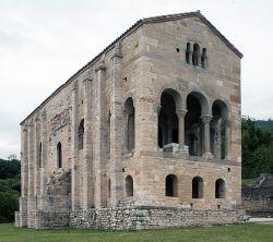 Naranco, Iglesia Santa Maria-PM 34664.jpg