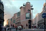 Oficina y edificio comercial en el nº 1 de Poultry, Londres (1986-1997), junto con Michael Wilford.