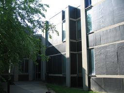 Louis Kahn.Alojamiento Erdman Hall.6.jpg