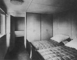 WalterGropius.Casa17Weissenhof.3.jpg