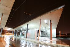 Zaha Hadid.Terminal intermodal.6.jpg