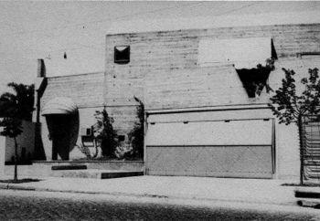 Casa Di Tella (fachada).jpg