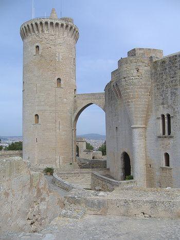 Barbacana en el Castillo de Bellver