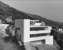 Casa Kun, Los Angeles, California (1935-1936), en colaboración con Gregory Ain.