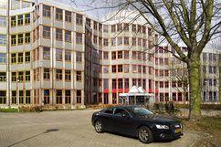 Complejo de oficinas Tripolis, Ámsterdam (1990-1994)}}