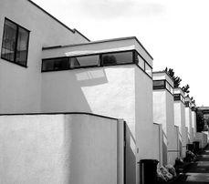 Jacobus Johannes Pieter Oud.5 viviendas en hilera. Weissenhof.jpg