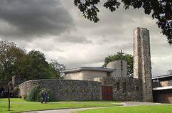 Crematorio de Coychurch, Mid-Glamorgan (1966-1970)