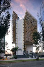 Torre de oficinas Cube-I, Guadalajara (México) (2002-2005)