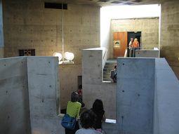 Louis Kahn.Alojamiento Erdman Hall.2.jpg