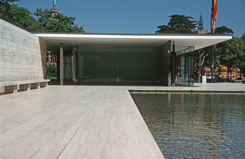 Archivo:Barcelona mies v d rohe pavillon weltausstellung1999 02.jpg