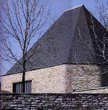 Crematorio de Skövde (acabado por S. I. Lind) (1937-40)