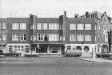 Cuatro casas en Thomsonlaan, La Haya (1921), junto con Bernard Bijvoet.