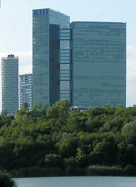 Archivo:Vienna Twin Tower.jpg