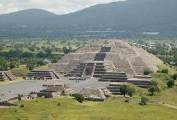 PyramidOfTheMoonTeotihuacan.jpg