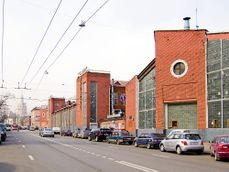 Horseshoe Garage by Melnikov and Shukhov RAF2808.jpg