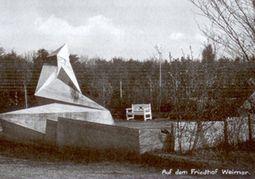 Gropius.Monumento caidos de marzo.2.jpg