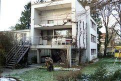 Villa en Basilea, Suiza (1930) junto con Hans Schmidt