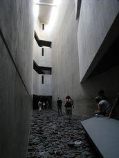 Libeskind.MuseoJudioBerlin.9.jpg
