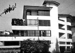 3 viviendas Echezarreta, Motrico, Guipúzcoa (1967)