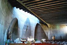 Fisac.IglesiaSantaAna.5.jpg