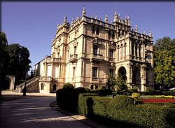 Palacio de Augusti.jpg