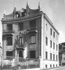Edificio de viviendas en Via Randaccio, Milán (1924-1926) junto con Emilio Lancia