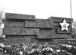 Monumento a Karl Liebknecht y Rosa Luxemburg, Berlín (1926)